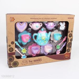 China Factory 17pcs Flowers Printed Plastic Tea Set for Role Play
