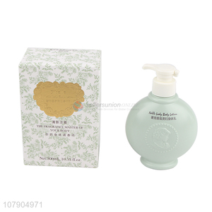 Low price green 300ml women perfume body wash with top quality